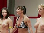 Lea Lexis Vs. Darling in a Lightweight tournament battle