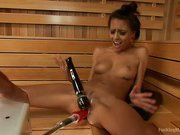 Janice Griffith - Up & Coming Starlet Gives her muff to the