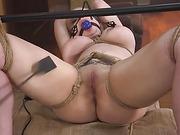 Bad Secretary: Newcomer Nadia White gets punished! - Kink