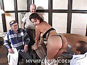 Big ass housewife getting worshipped