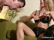Posh mastix teases her slave