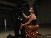 Latex Lea Tortures Rubber Fuck Boy