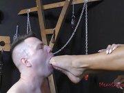 Juelz Ventura meets slave wade