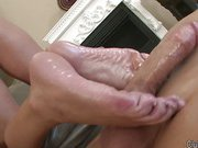 Brianna gives footjob