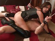 Tied slave was usesd in himiliation sex
