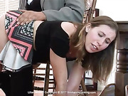 New tutor turns her bottom burning red