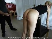 Amelia bare bottom