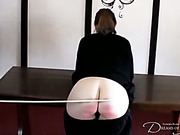 Sexy babe with perfect ass got spanking test