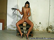 Brunette bitch Isabell likes spanking herself