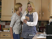 Huge spankable ass of chubby maid got punished