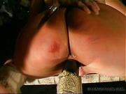 Bitch got her hole fucked with sex machine