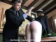 A booty born to be spanked